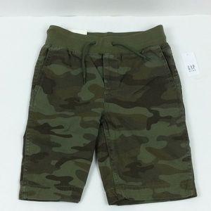 NWT Gap Camo Shorts S 6/7